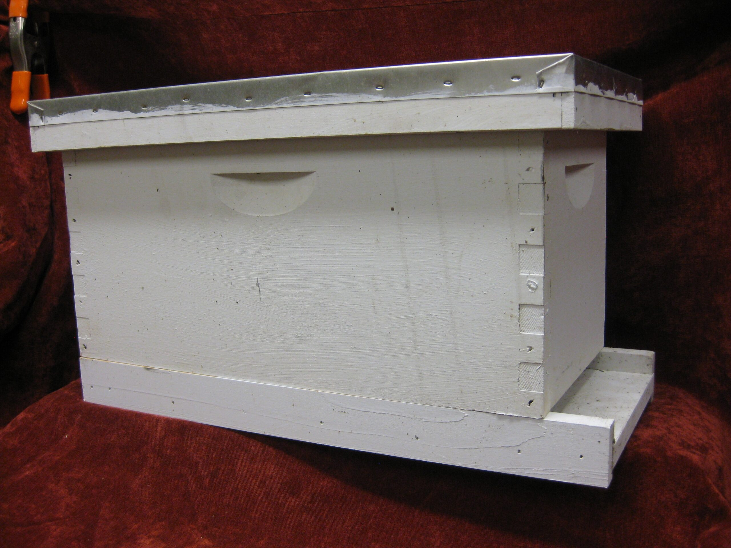 Brushy Mountain Complete Nuc Box - used once