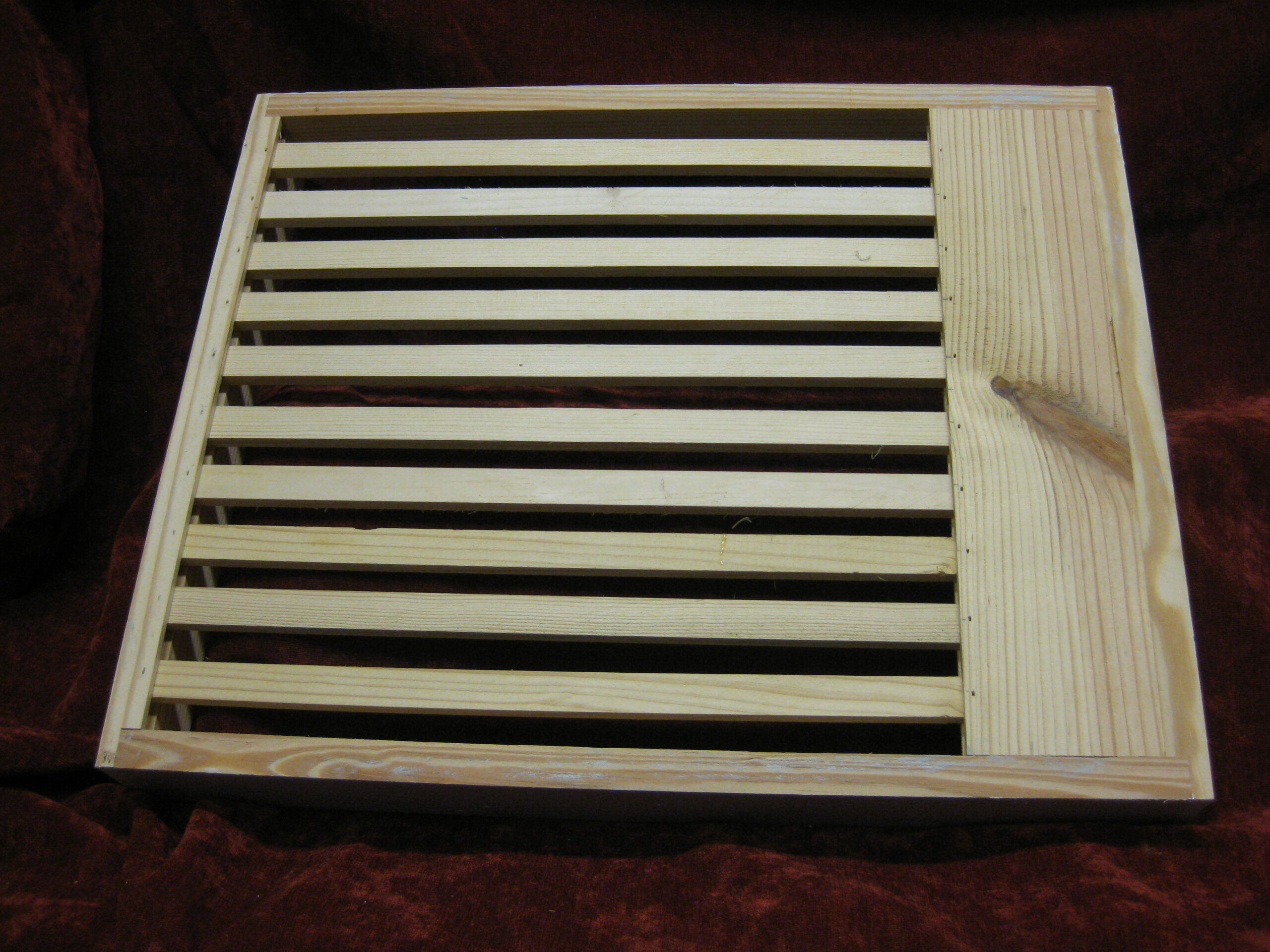Hand Crafted Slatted Rack - 10-frame - gray